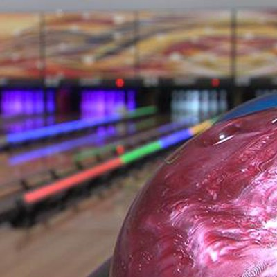 KLKN-TV interviewed John Losito from Sun Valley Lanes about HyperBowling